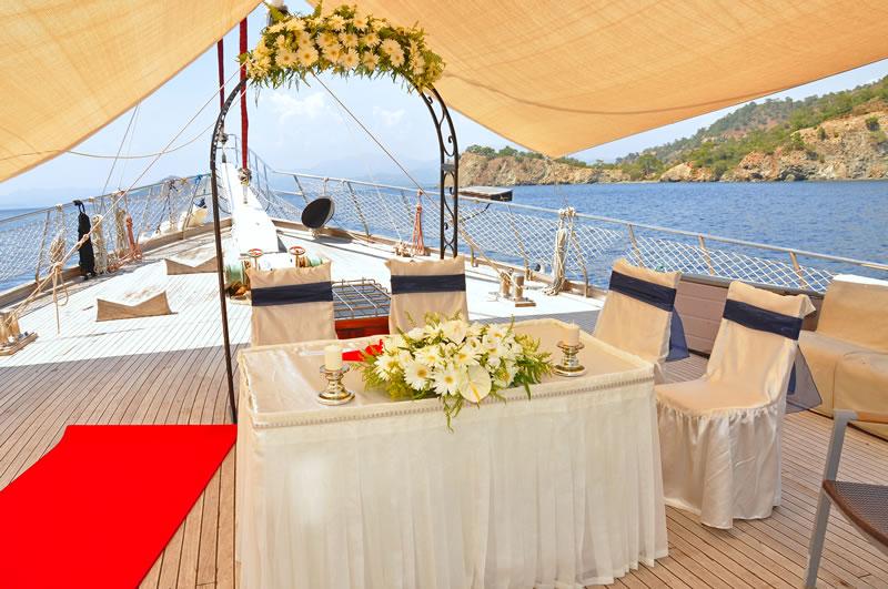 Turkish Yacht (Gulet) Wedding